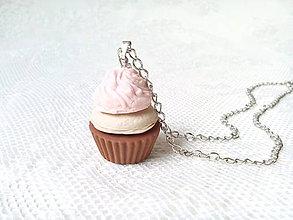 Náhrdelníky - Cupcake necklace - 8009979_