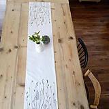 Úžitkový textil - Štóla na stôl - ručne kreslená - trávy - 8006968_