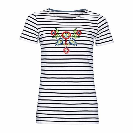 558cb8f65322 Dámske pruhované tričko