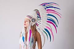 Kráľovská indiánka v pastelových odtieňoch