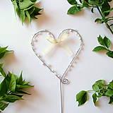Dekorácie - svadobné srdiečko zápich s perličkami - 8012242_