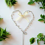 Dekorácie - svadobné srdiečko zápich s perličkami - 8012244_