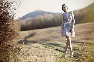 Šaty - Krátke sivé krajkové - 8011418_