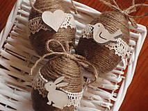 Dekorácie - Veľkonočné jutové vajíčka s drevenými ozdobami - sada 3ks - 8011327_