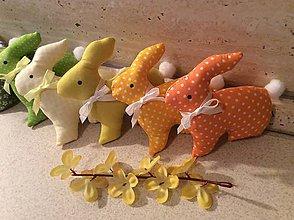Dekorácie - jarné farebné zajačiky - 8017287_