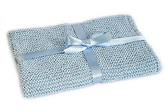 Textil - Ručne pletená detská deka bledomodrá - 8016809_