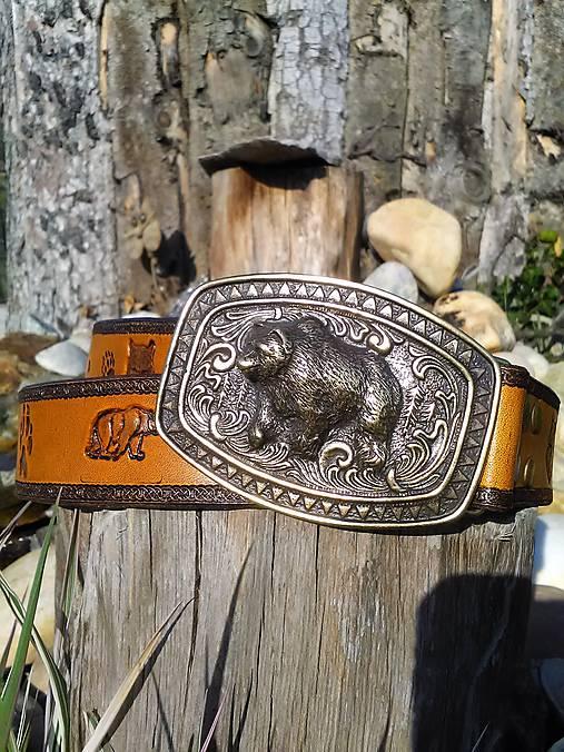 Kožený opasok Medveď