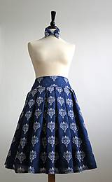 - sukňa a motýlik z modrotlače - ON a ONA Modrotlačoví  II. - 8023338_