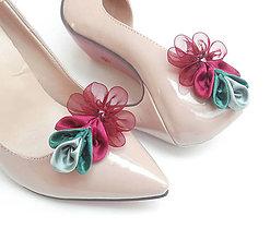 Obuv - Greenery bordové kvetinkové klipy na topánky - 8024376_