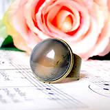 Grey Agate Classic Ring / Prsteň so šedým achátom v bronzovom prevedení  /0584