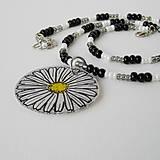 Náhrdelníky - náhrdelník s kreslenou margarétkou - 8029940_