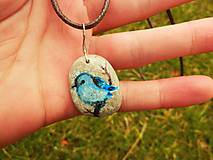 Náhrdelníky - Modrý vtáčik na vetvičke - 8029648_