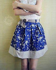 Sukne - Elegantná minisukňa, kvety na tmavomodrej. - 8037969_