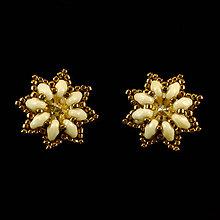Náušnice - Béžovo-bronzové SW náušnice - napichovačky - 8038650_
