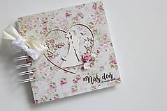 Papiernictvo - Kniha hostí - pár v srdci - 8037219_