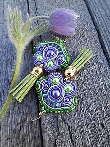 Náušnice - Zelené strapčeky - šujtášové náušnice - 8039084_