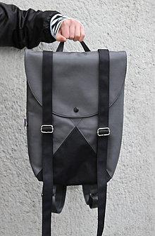 Batohy - Ruxak DREIECK schnalle schwarz - 8041183_