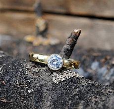 Prstene - Snubný prstienok zlatý, žltý( Lágrima 3) - 8044822_