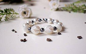 Náramky - Náramok Nežný maslový perleť - 8046199_