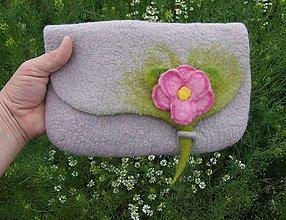 Kabelky - ...plstená kabelka s ružovým prekvapením... - 8046361_