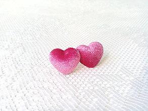 Náušnice - Velvet hearts earrings (pink) - 8049643_