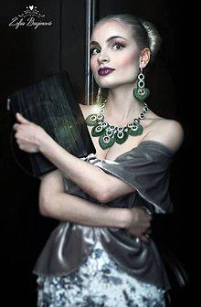 Náhrdelníky - Náhrdelník Green/Silver heart...vyšívané - 8048352_