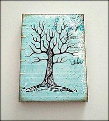 Papiernictvo - Ručne šitý kreslený zápisník Motýli strom A5 - 8049499_