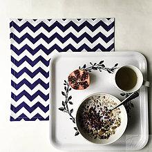 Úžitkový textil - bavlnené prestieranie 33 x 33 cm, modrý cikcak - 8049027_