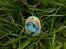 Náhrdelníky - Modrý vtáčik na vetvičke - 8050489_
