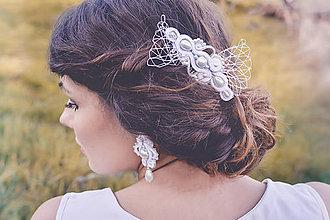Ozdoby do vlasov - Svadba 2017 - šujtášový hrebienok - 8048141_