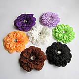Iný materiál - Kvet na spone - rôzne farby - 8047742_