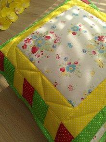 Úžitkový textil - Vankúš farebný* - 8051517_