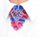 Náhrdelníky - Elegancia a la Chanel - fuchsiovo-modrý náhrdelník so štrasovým srdcom s kamienkami - 8051609_