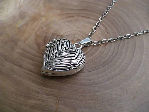Otvárací medailón v tvare srdca   24nika - SAShE.sk - Handmade ... 41b28febc39