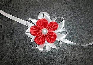 Pierka - Náramok pre družičku červený kvet - 8055979_