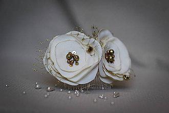 Ozdoby do vlasov - Svadobný hrebienok krémovo-zlatý - 8060364_