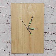 Hodiny - Drevené nástenné hodiny smrek \