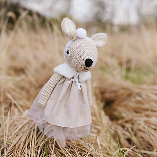 Hračky - srnka Ellie - háčkovaná hračka - 8063990_