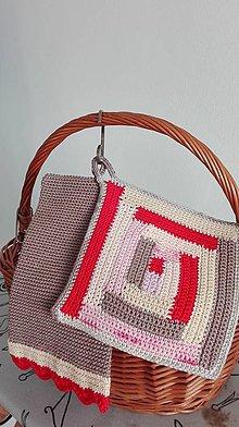 Úžitkový textil - Sestry chňapky -každá iná a predsa patria k sebe - 8063379_