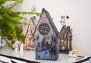 Socha - Miniatúrny domček \