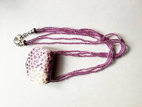 Náhrdelníky - korálky s porcelánom-ružové - 8065701_