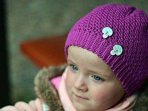 Detské čiapky - Pohodová s gombíkmi: vres - 8069770_