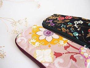 Na tablet - Obal na mobil malý- kvet - bledoružový - 8073233_