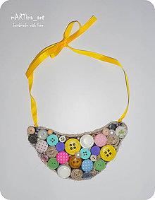 Náhrdelníky - Gombičkový náhrdelník - 8072359_