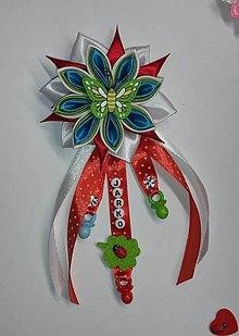 Detské doplnky - Červená stužka - mašlička na kočík s menom pre chlapčeka motýlik - 8077666_