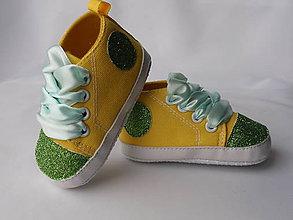 Topánočky - Capačky zdobené glitrami - 8080713_