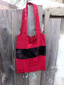 Nákupné tašky - červená taška s černým sametovým pruhem - 8079952_