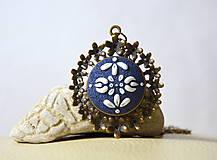 Náhrdelníky - Folk náhrdelník - modrý + bronzové kvietky - 8082747_