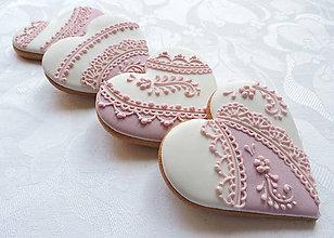 Darčeky pre svadobčanov - Svadobné srdiečka s ružovým ornamentom - 8084310_