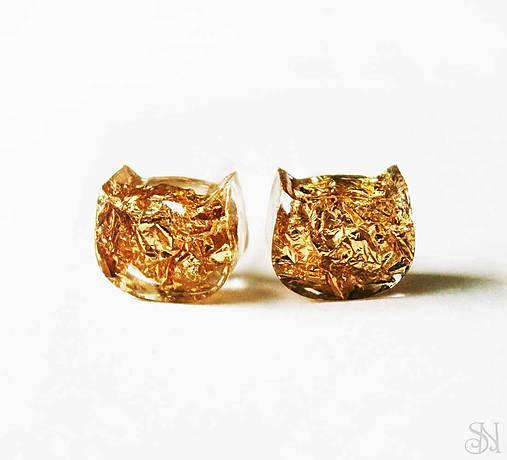 Živicové zlaté mačky - ANTIALERGICKÉ napichovacie náušnice ... 35ee47da77c